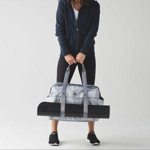 lululemon athletica Bags - All Day Duffel